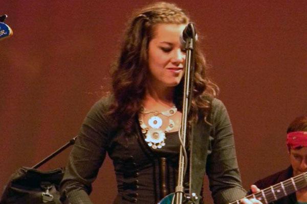 Megan Houde